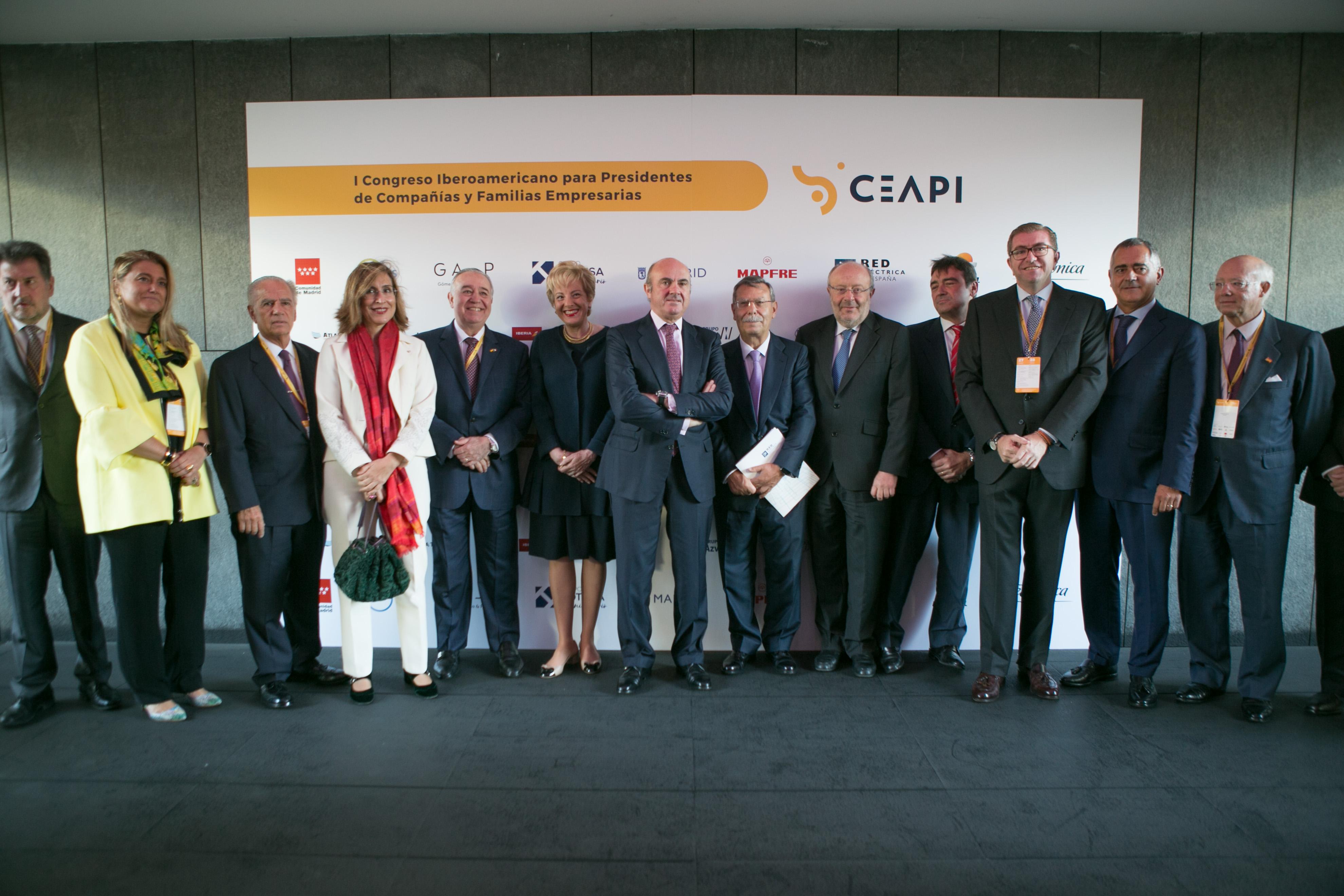 De Guindos y Vilanova subrayan la importancia económica y comercial de Iberoamérica en el I Congreso de CEAPI