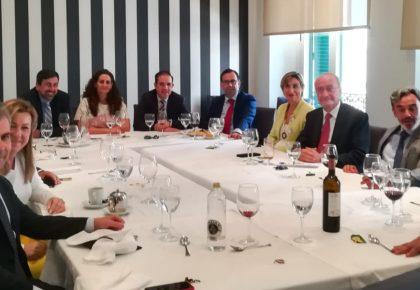 Francisco de la Torre, alcalde de Málaga, participa en encuentro empresarial CEAPI