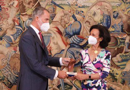 S.M. el Rey entrega el Premio Enrique V. Iglesias a Ana Botín por su contribución al crecimiento de Latinoamérica